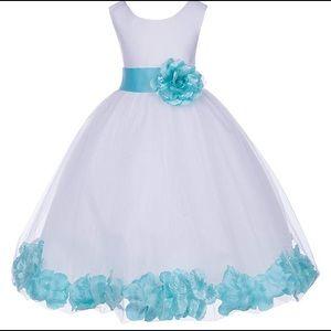 Other - 👗Girls Size 8 spa blue rose petal dress EUC